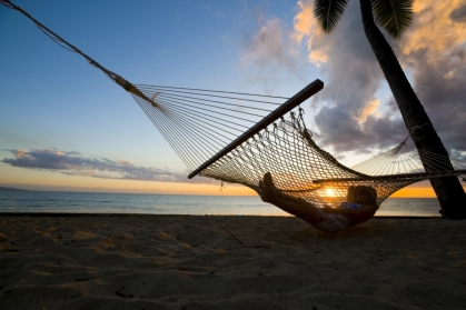 Lekker luieren op het strand op een van de Fiji eilanden